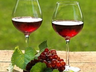 - Rode wijn -