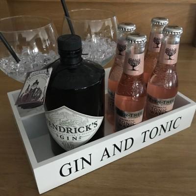 Hendricks ginbox