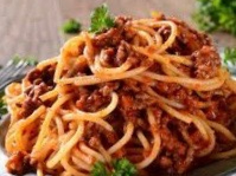 Pasta bolognese / pers.