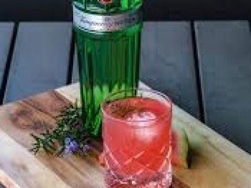 Tanqueray N° Ten Gin / fles